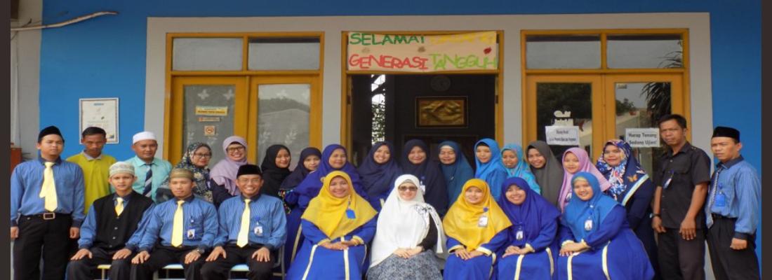 Foto Guru dan Karyawan SIT AZZAHRA